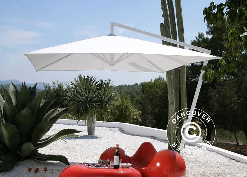 Superbe parasol en porte-à-faux