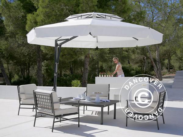 Des parasols pour de l'ombre et une touche de classe